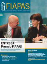 Portada de la Revista FIAPAS 171 en la que se puede ver una foto del presidente de FIAPAS, Jose Luis Aedo, hablando con la ministra de Educación, Isabel Celaá